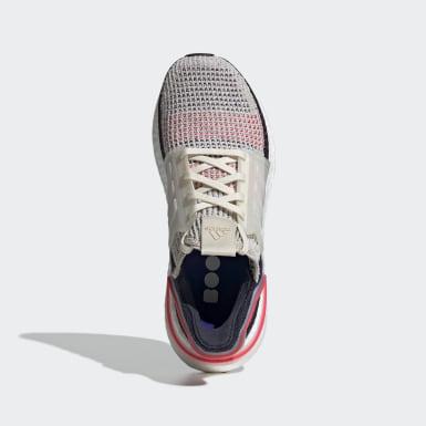 Zapatilla Ultraboost 19 Beige Mujer Running