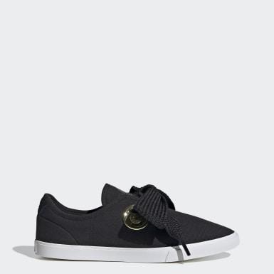 ผู้หญิง Originals สีดำ adidas SLEEK LO W