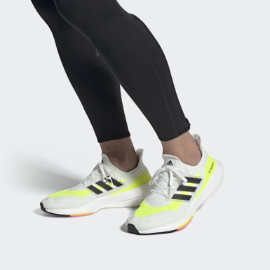 ULTRABOOST 21 Bialy