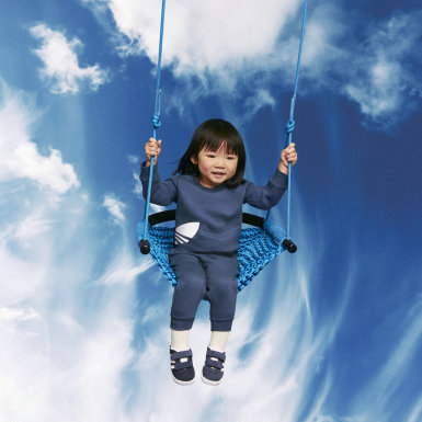 Infant Originals Blue Big Trefoil Crew Set