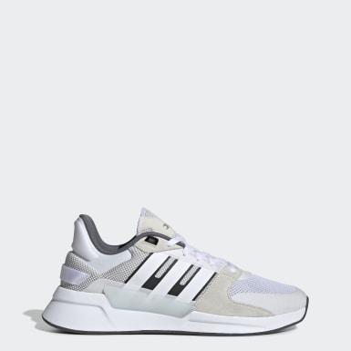 Giày phong cách chạy bộ thập niên 90