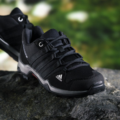 Kids TERREX Black AX2R Shoes