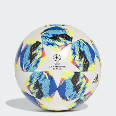 Bola UCL Finale Society+