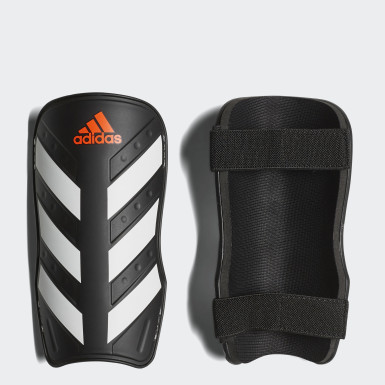 Football Black Everlite Shin Guards