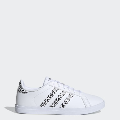 Women Sport Inspired White Courtpoint X Shoes