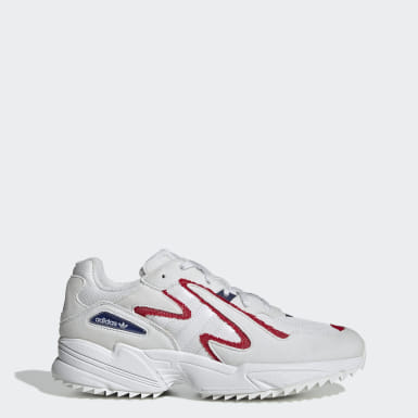 Men Originals White Yung-96 Chasm Trail Shoes