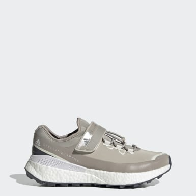 Dames adidas by Stella McCartney Beige adidas by Stella McCartney Outdoor Boost RAIN.RDY Schoenen
