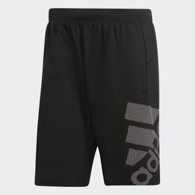 Männer Yoga 4KRFT Sport Graphic Badge of Sport Shorts Schwarz