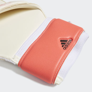 Soccer White Predator 20 MTC Fingersave Gloves