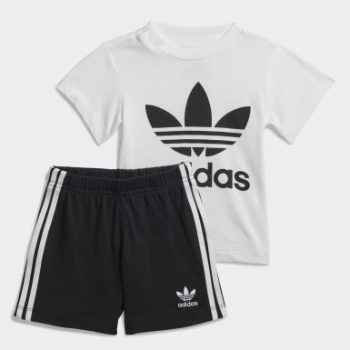 Barn Originals Vit Trefoil Shorts and Tee Set