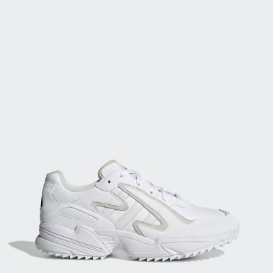 Originals White Yung-96 Chasm Trail Shoes