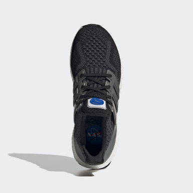 Tenis Ultraboost 5.0 DNA Negro Mujer Running