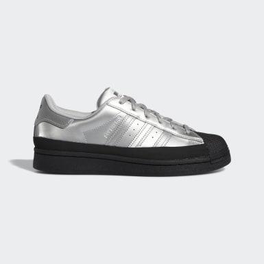 Women Originals Silver Superstar Shoes