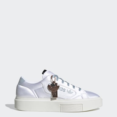 ผู้หญิง Originals สีขาว รองเท้า adidas Sleek Super