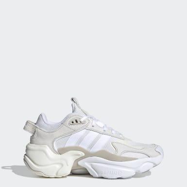 Women Originals Beige Magmur Runner Shoes
