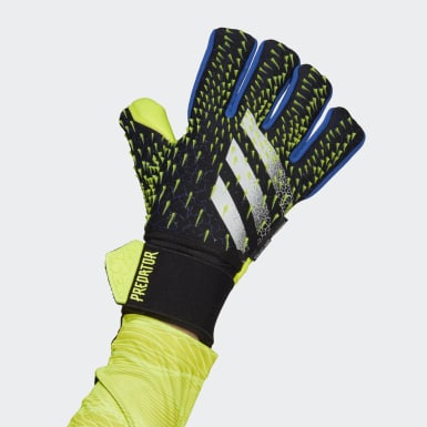 Football Black Predator Pro Ultimate Goalkeeper Gloves
