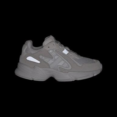 Yung-96 Chasm Schuh