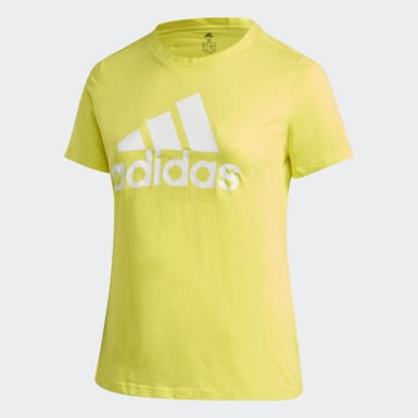 Camiseta Must Haves Badge of Sport (Tallas grandes) Amarillo Mujer Athletics