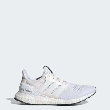 Running White Ultraboost DNA x Star Wars Princess Leia Shoes
