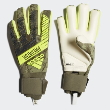 Men Soccer Green Predator Pro Gloves