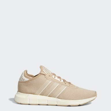 Women Originals Beige Swift Run X Shoes