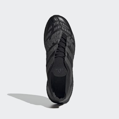 Men Football Black Predator Accelerator Trainers