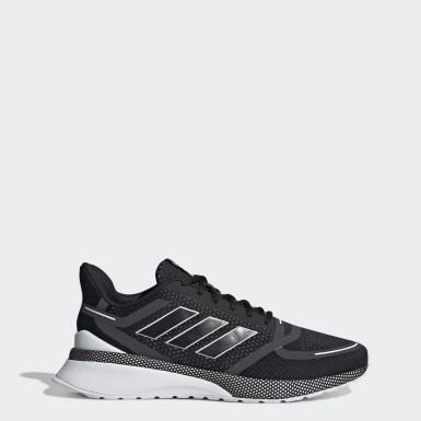 Chaussure Nova Run noir Hommes Essentials