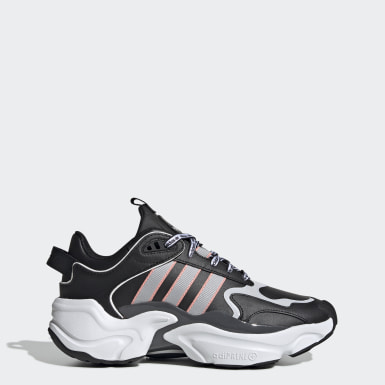 Magmur Runner Shoes