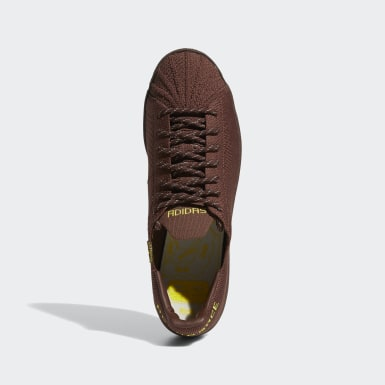 Originals Brun Pharrell Williams Superstar Primeknit sko