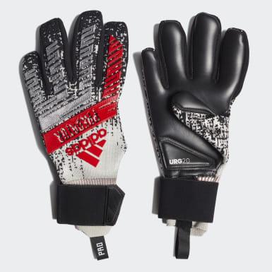 Soccer Silver Predator Pro Gloves