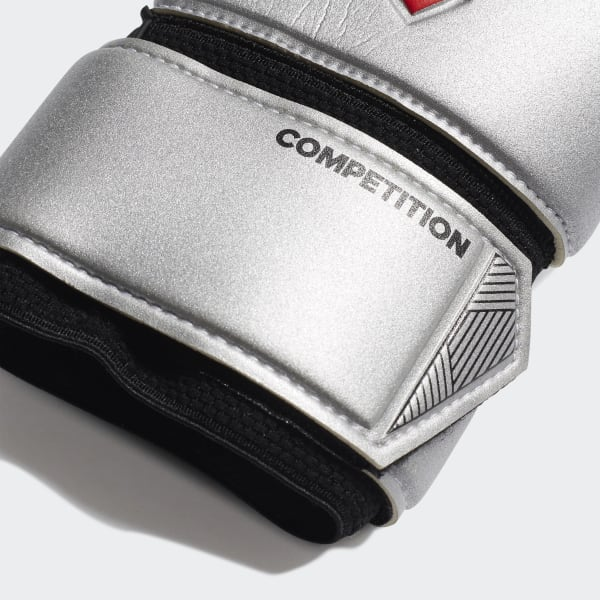 Predator Competition Gloves