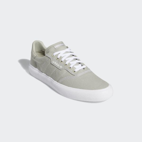 Miseria ignorar tubo  adidas 3MC Vulc Shoes - Beige | adidas US