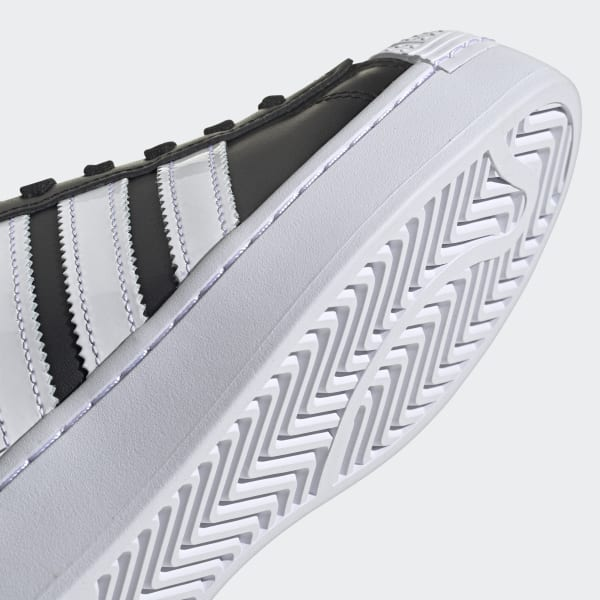 Chaussures Superstar Bold noires et blanches pour femme | adidas ...