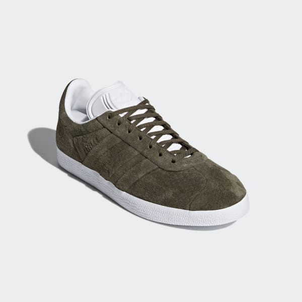 Tenis Gazelle Stitch and Turn