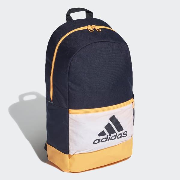 กระเป๋าสะพายหลัง Classic Badge of Sport