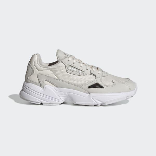 https://assets.adidas.com/images/w_600,f_auto,q_auto/3d366fa7e5e34498bca1a9d800e35bb0_9366/FALCON_W_White_EE8826_01_standard.jpg