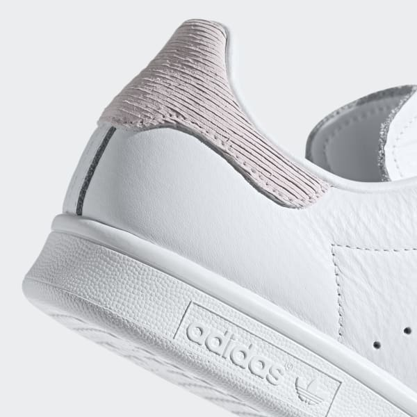 Stan Smith Shoes White Womens in 2020   Stan smith shoes