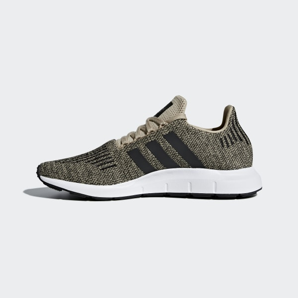 a6d43b31ca Tênis Run Swift - Bege adidas