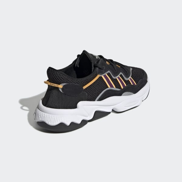 sélection premium 49a98 1dc23 adidas OZWEEGO Shoes - Black | adidas Ireland