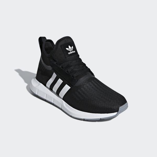 SWIFT RUN BARRIER Sneakers basse blackgrey