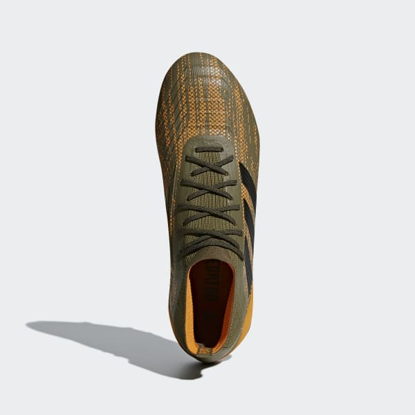 predator adidas marroni