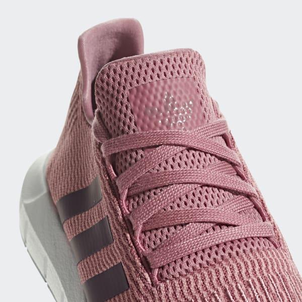 3b53fffde1262 adidas Swift Run Shoes - Pink