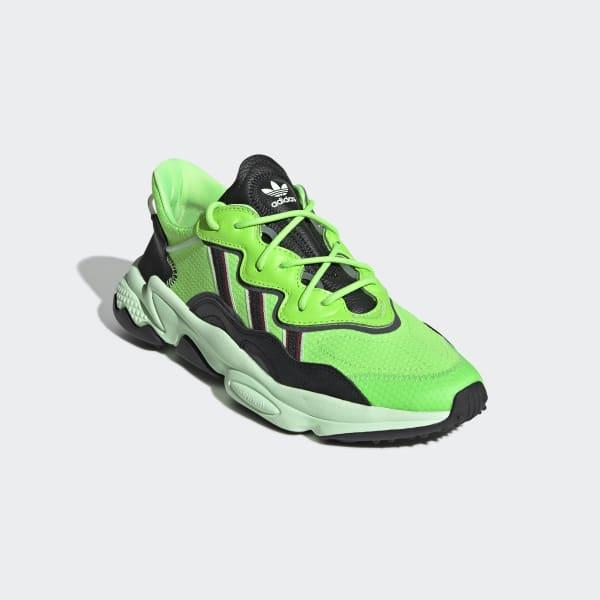 adidas en verde