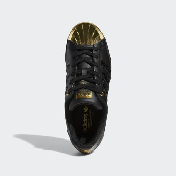 adidas superstar black toe