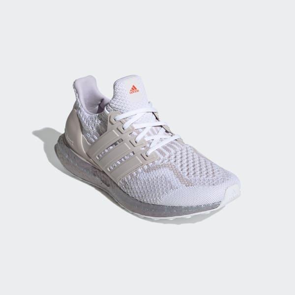 [Image: Ultraboost_5.0_DNA_Shoes_White_FZ3976.jpg]