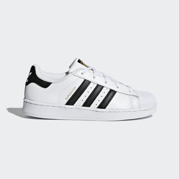 Tênis Superstar Foundation - Branco adidas  a95469e1d956a