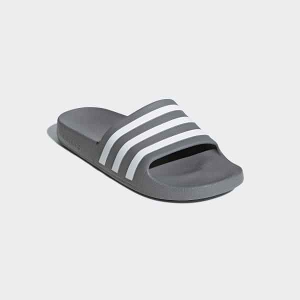 Adilette Aqua Slides