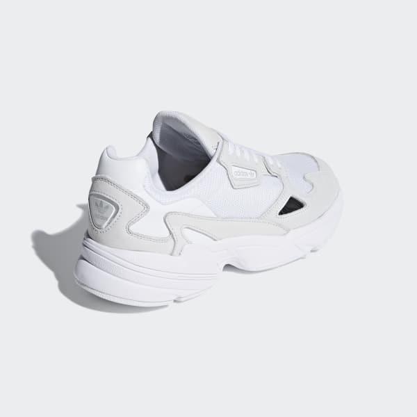 zapatillas de mujer en blancas adidas