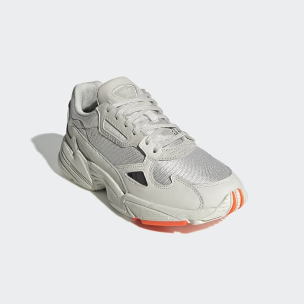 adidas chaussure falcon