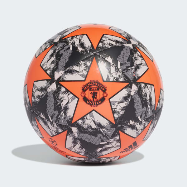 UCL Finale 19 Manchester United Capitano Ball